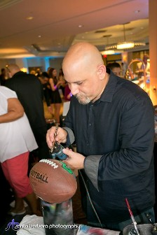 fester_airbrushing_football